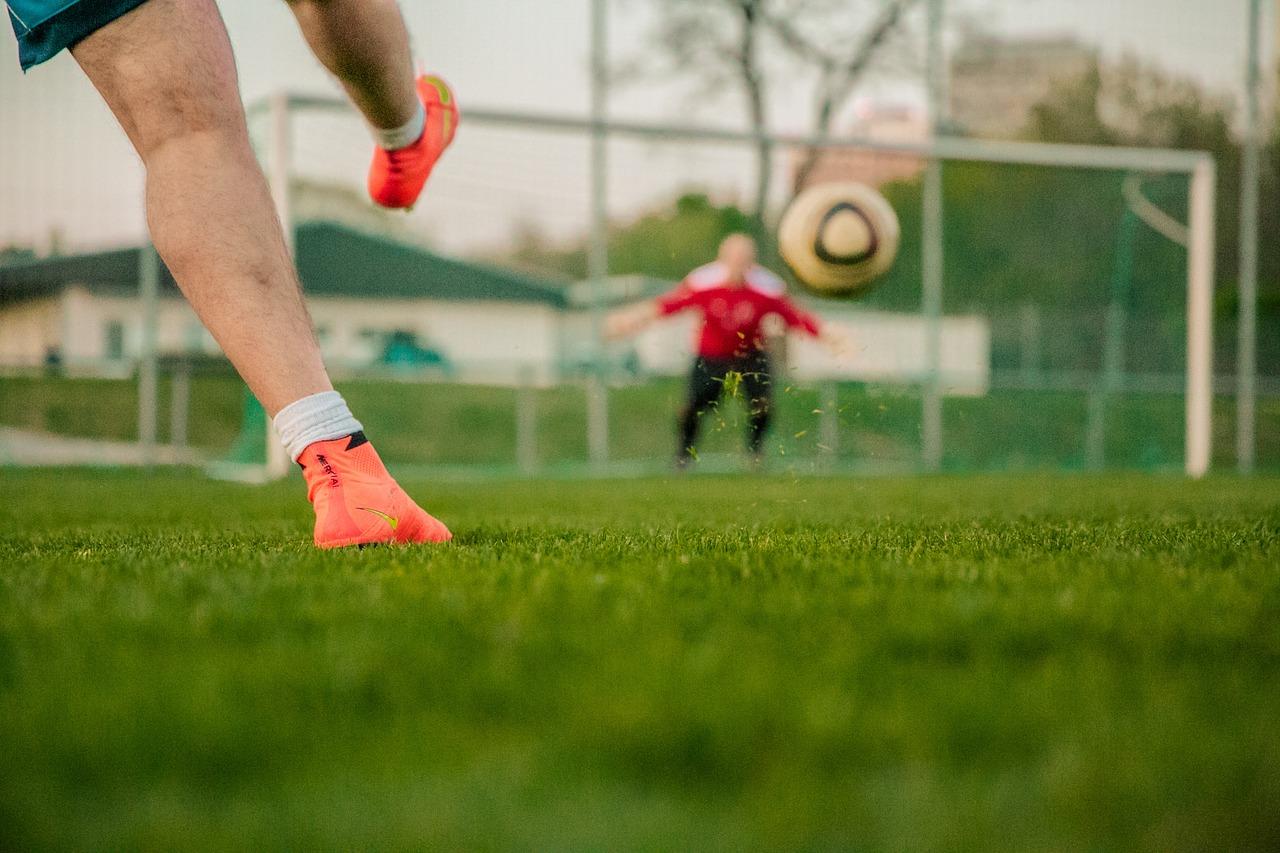 サッカーに必要な筋肉とは?サッカーが上達するためにおすすめの筋トレメニュー
